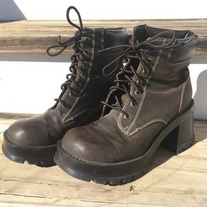 Vintage Bongo Y2K Ankle Boots